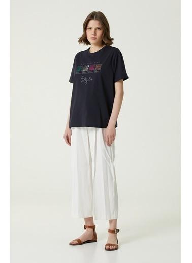 NetWork 1079952 Kadın Basic Fit Baskılı T-shirt Lacivert